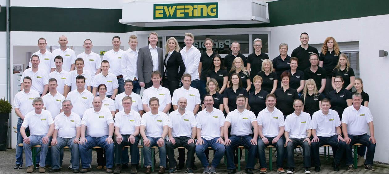 ewering_fachgeschaeft_raumdesign_teamfoto_001